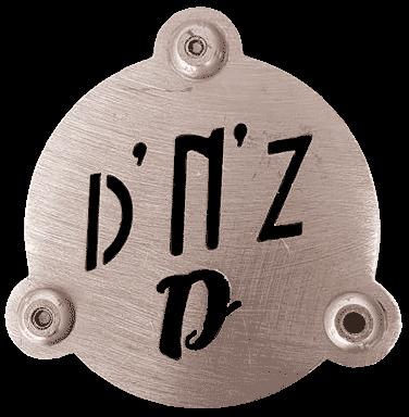 Do'n'Zo design, poinçoin du métal designer